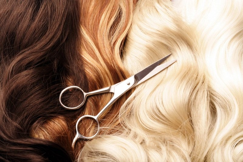 когда стричь волосы