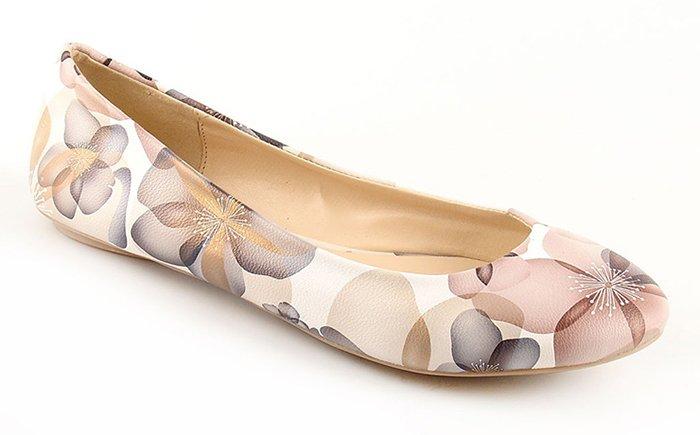 плоский ход обуви