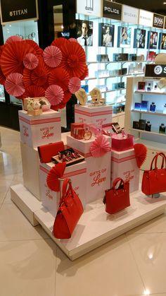 valentines day retail merchandising