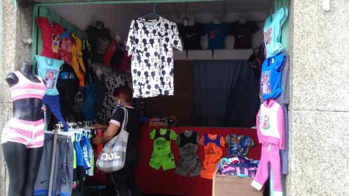 Mercados de ropa en cuarentena