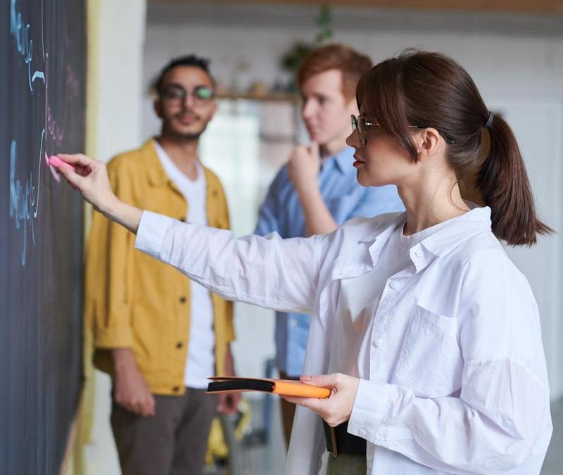 How to pursue a teaching career without a Bachelor's pass