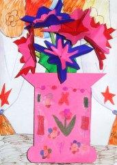 Glastră cu flori din hârtie