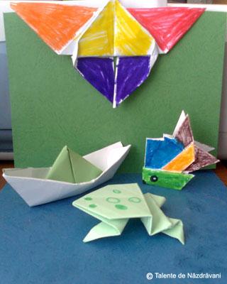 Un fluture, o broscuţă şi un peştişor origami