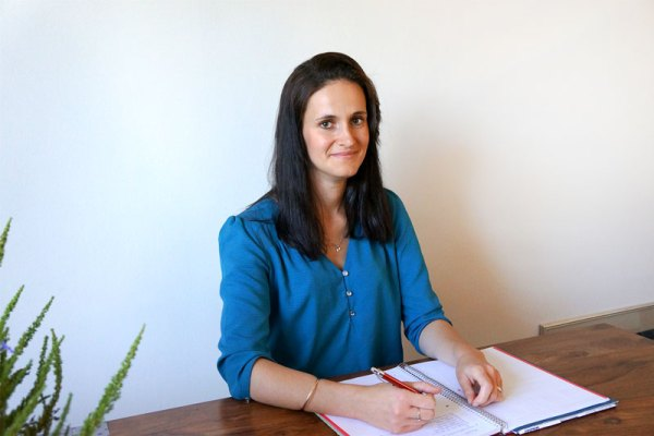 Découvrez l'histoire de Julia Mouftiez , la créatrice de Sens O'karé sur le blog⎟ Talented Girls, conseils business et ondes positives pour les femmes entrepreneures ! www.talentedgirls.fr