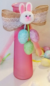 a finished Easter crafts vase without the flowers