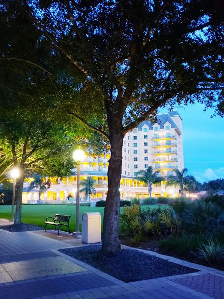 review of the renaissance resort at world golf village