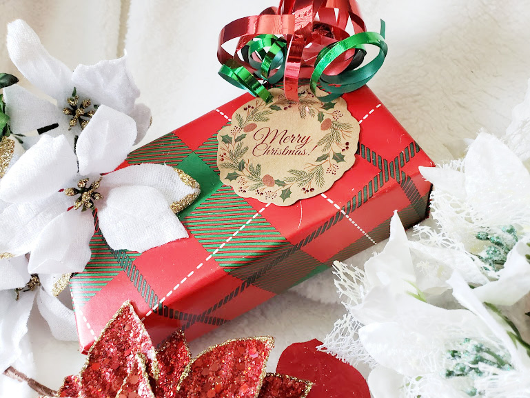 gift wraping tips for terrible wrappers