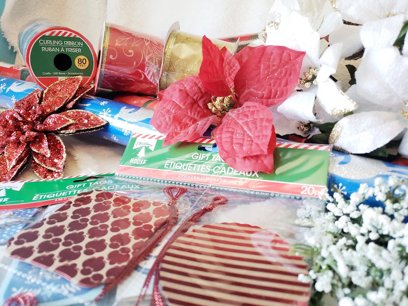 Gift wrapping tips supplies