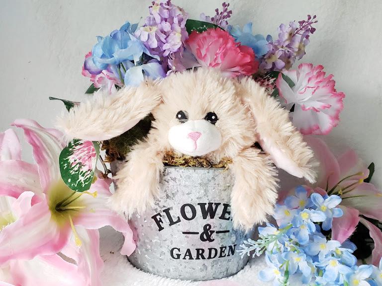 DIY Easter Centerpiece, Bunny in a Basket