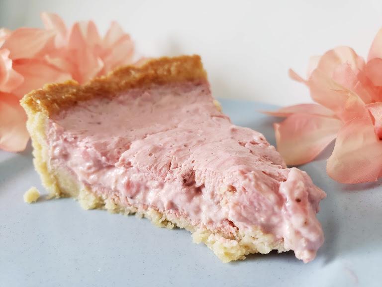 Keto Strawberry Rhubarb Pie