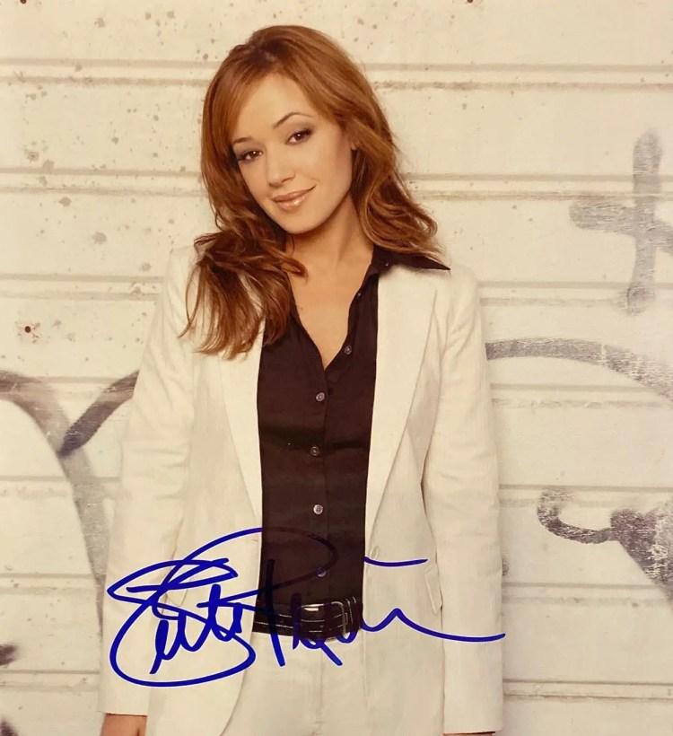 Leah Remini Autograph