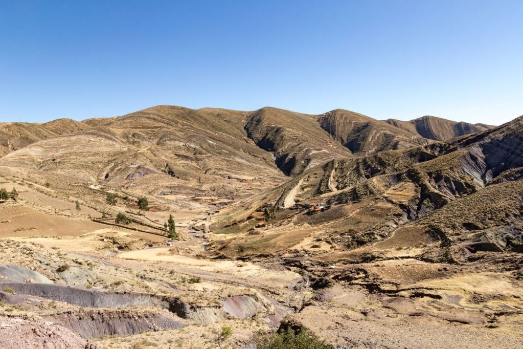 Hiking To The Maragua Crater Without A Guide