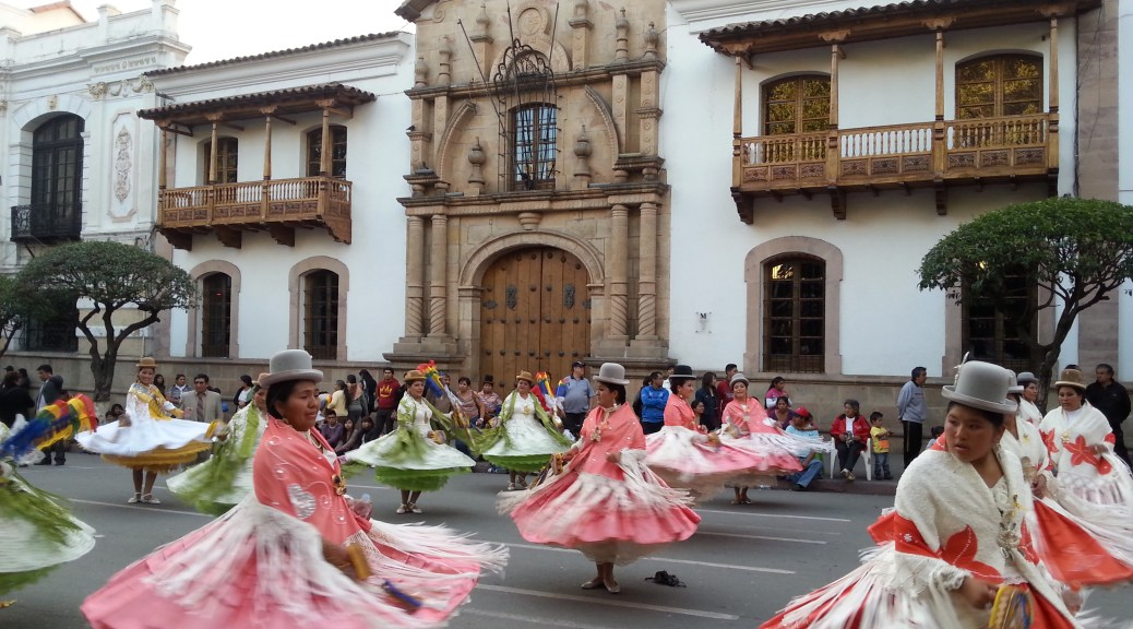 Cholitas in Sucre Bolivia
