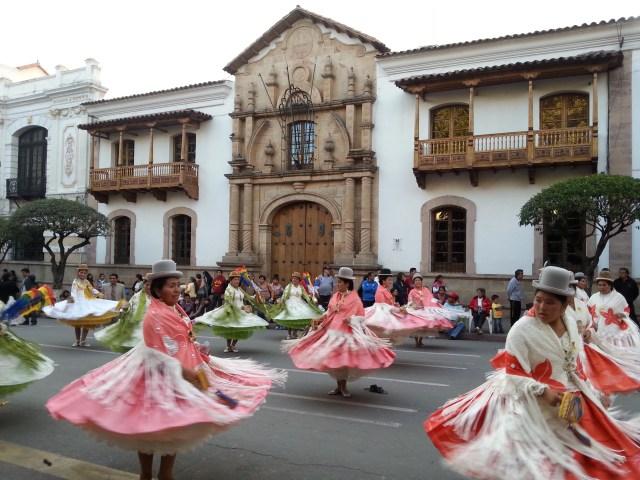 Cholitas in Sucre Bolivia
