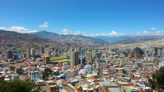 The view of La Paz Bolivia from Mirador Killi Killi - what to do in La Paz