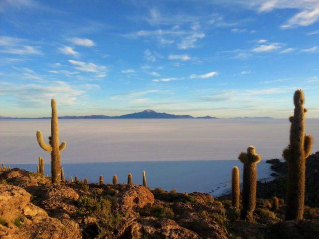 Uyuni Salt Flats Bolivia - Sunrise at Uyuni