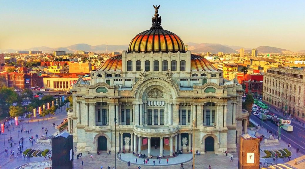Palacio de Bellas Artes Mexico City - Awesome Things to Do in Mexico City