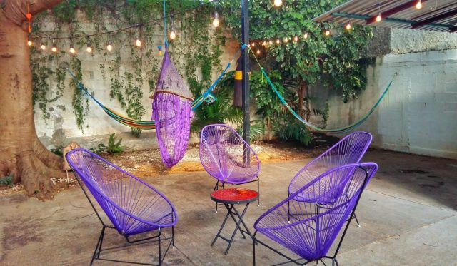 The chill out area at the Mermaid Hostel Downtown, 15 minutes walk from the bus station in Cancun