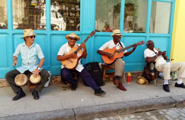 Local musicians playing in Havana Cuba, a must-see during your 2 weeks in Cuba Itinerary