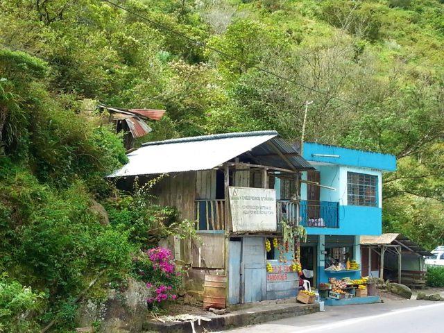 Rural life in Ecuador - Backpacking Ecuador Travel Guide