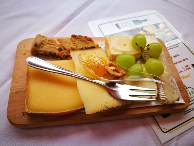 A yummy cheese plate from Kaseland - What to eat in Vienna - must eat in Vienna