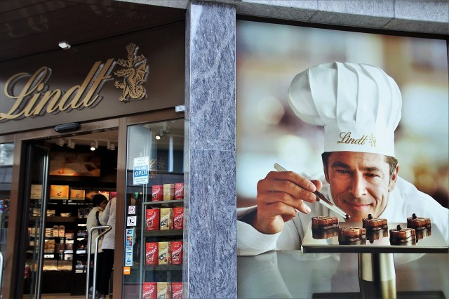 Delicious Lindt Chocolate - Eating in Switzerland on a Budget