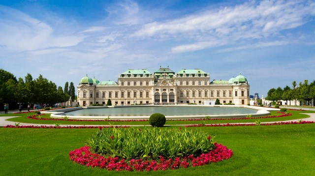 Where's Wagner Wombat - The Belvedere Palace. Places to visit in Vienna in 2 Days