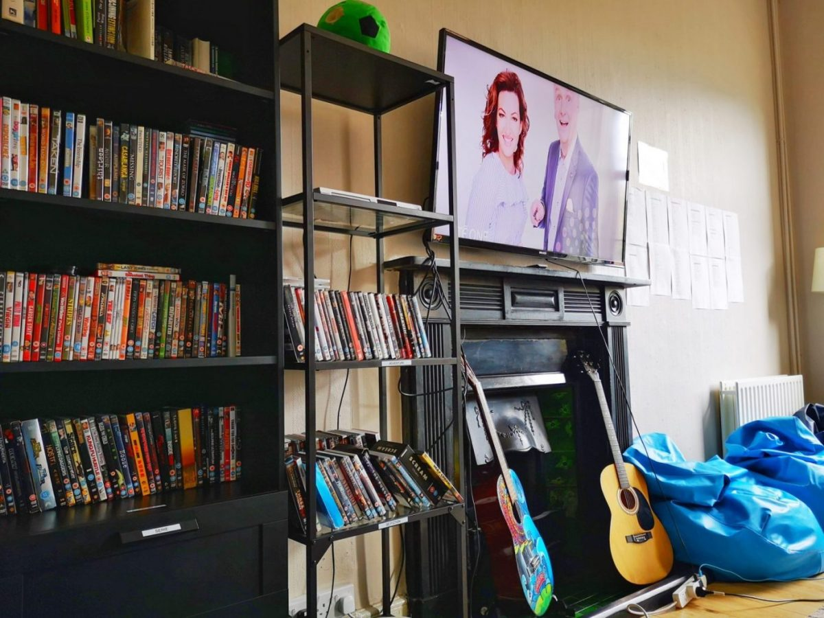 Where to stay if you're Backpacking in Dublin - the Gardiner House Hostel TV & DVD Selection