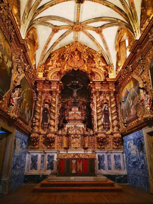 Inside the Igreja de São Francisco San Francisco Church Evora Portugal