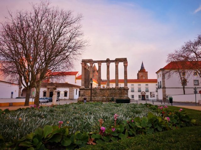 The Temple of Diana - Garden and Roman Ruins in Evora