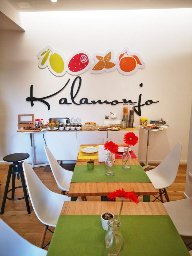Breakfast in The Dining Room at Kalamonjo Suite&Rooms Bed & Breakfast In Palermo Sicily