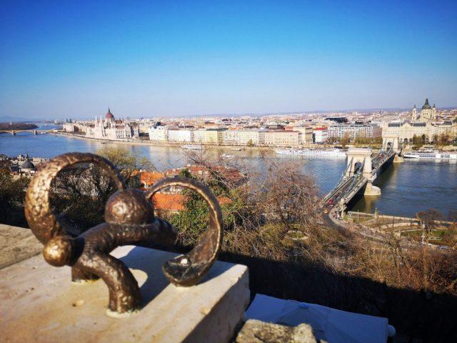 A bronze statue - unusual Budapest street art