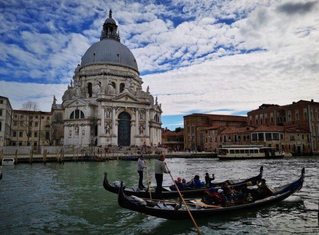 2 Gondolas in front of the Basilica di Santa Maria della Salute