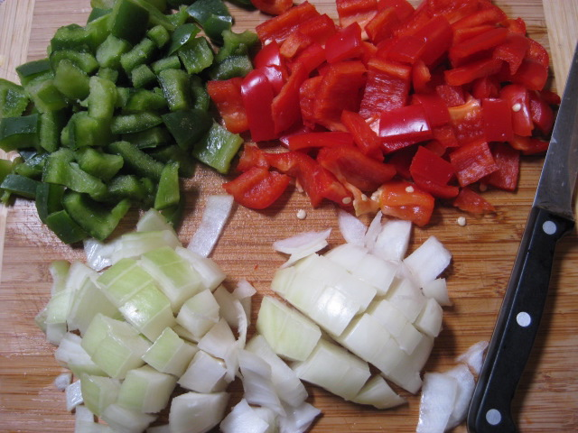 chopped green pepper, chopped red pepper, chopped onion