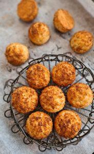 Crazy delicious Coconut Macaroons