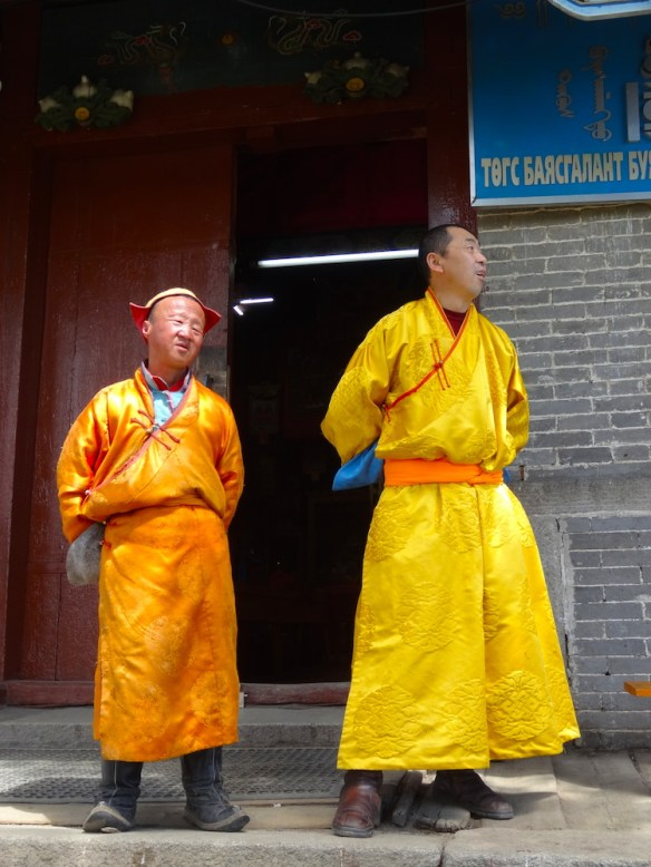 mongolian monks1