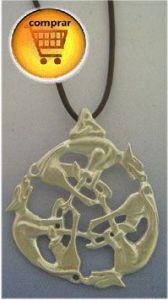 wolf celtic knot silver pendant