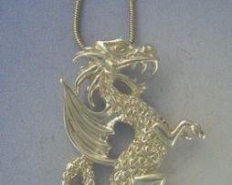 colgante dragón de gales Rey Uther amuleto colgante de plata de ley