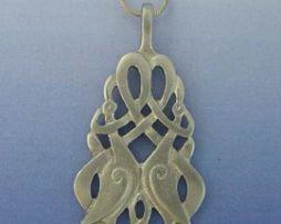 nudo celta grullas grande de plata con dos grullas, cordón de cuero