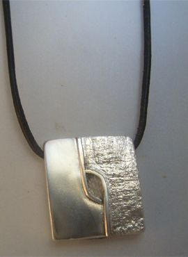 colgante kin maya enlace de mundos cimi amuleto de plata