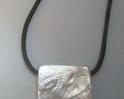 colgante sello maya perro kin oc colgante plata