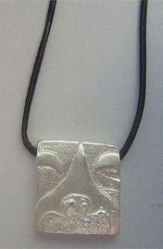colgante sello maya noche kin akbal plata