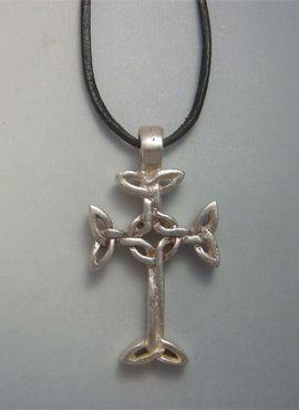 cruz celta de Lendalfoot, amuleto escocés de plata