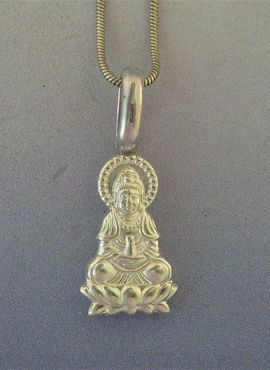 colgante de Buda Amitabha en plata de ley