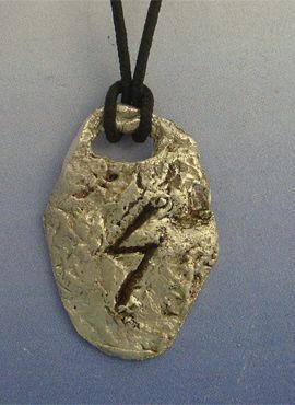 colgante runa vikinga Sowelu de plata