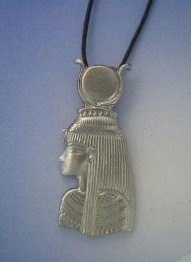 colgante diosa Isis Ast amuleto egipcio de plata de ley