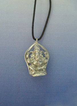colgante Ganesha dios elefante amuleto hindu de plata