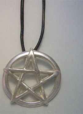 colgante pentáculo plata amuleto wicca