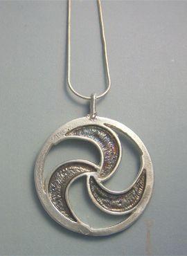 trisquel gallego colgante plata