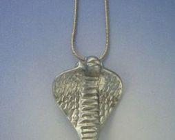 colgante Wadjet Egipto colgante amuleto egipcio de la diosa cobra